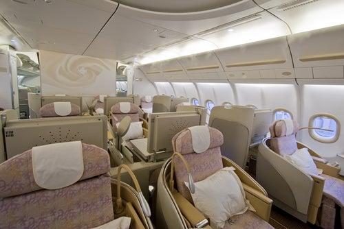 classe affaires 31509754 le blog de voyage edreams. Black Bedroom Furniture Sets. Home Design Ideas