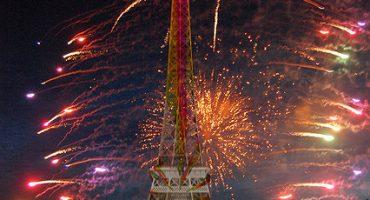 «Oh la belle bleue!» Soyez prêts pour le 14 juillet et ses feux d'artifice!