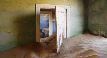 Voyage à travers 12 villes fantômes