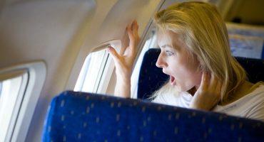 Peur de prendre l'avion? Deux pilotes vous rassurent ! [Interview]