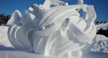 15 magnifiques sculptures de neige!
