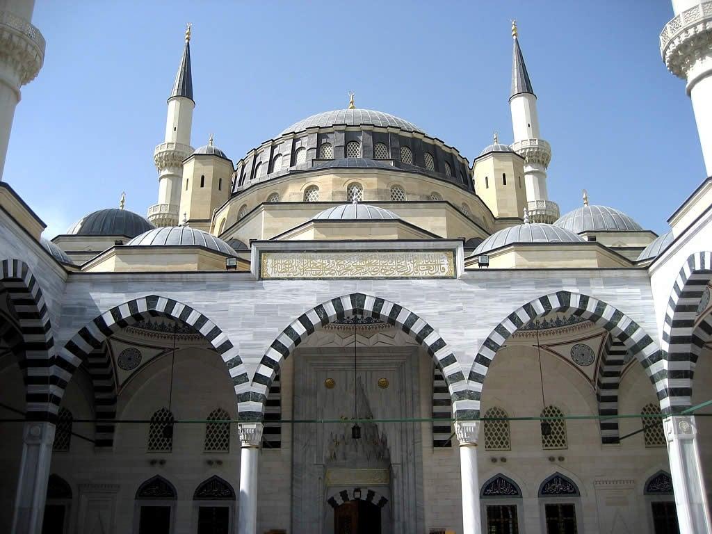 Mosquée Ashgabat Turkmenistan - blog eDreams