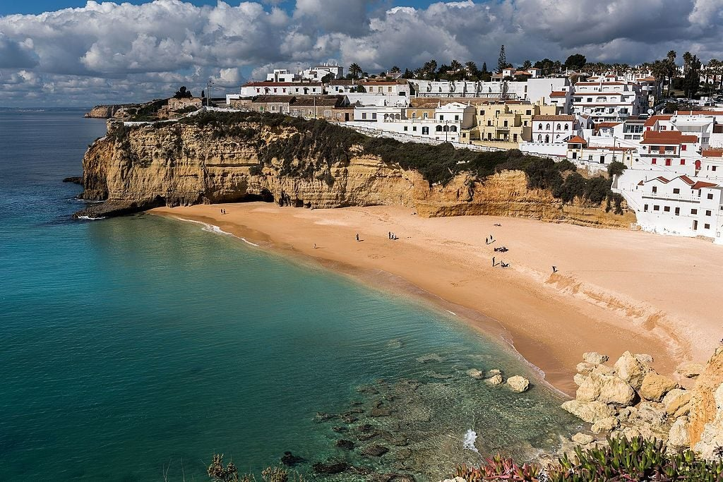 Praia do Carvoeiro, Algarve, Portugal - eDreams