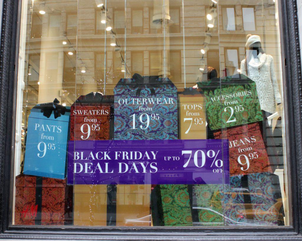 vitrine magasin black friday New york