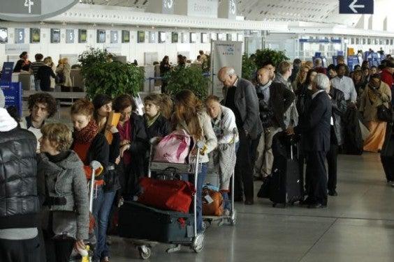 file d'attente aéroport