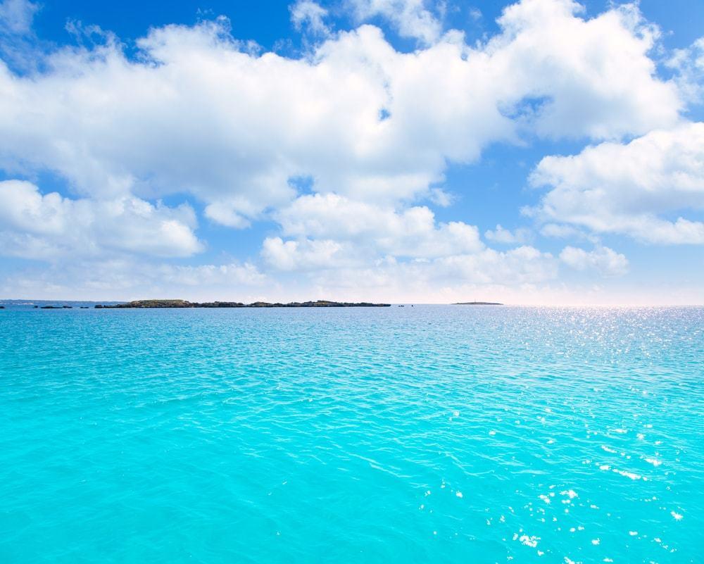 spiaggia di salga spiagge più belle d'europa edreams blog di viaggi