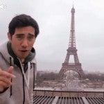 Un magicien vole la Tour Eiffel de Paris!