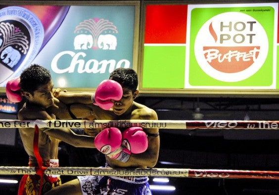 Boxeo thai en Lumpinee boxing stadium Bangkokm