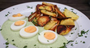 Déjeuner de Pâques à la table du monde