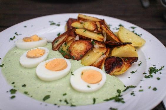 Ovos em molho verde