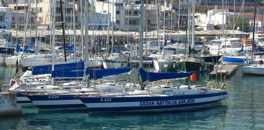 Port de Mikrolimano Athènes