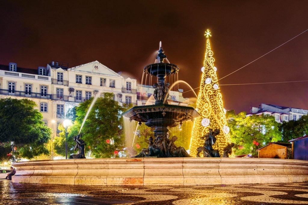 Noël dans les rues de Lisbonne - edreams