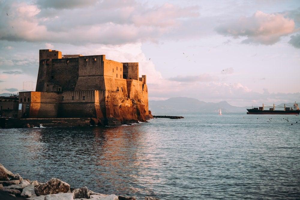 castel ovo naples - blog eDreams