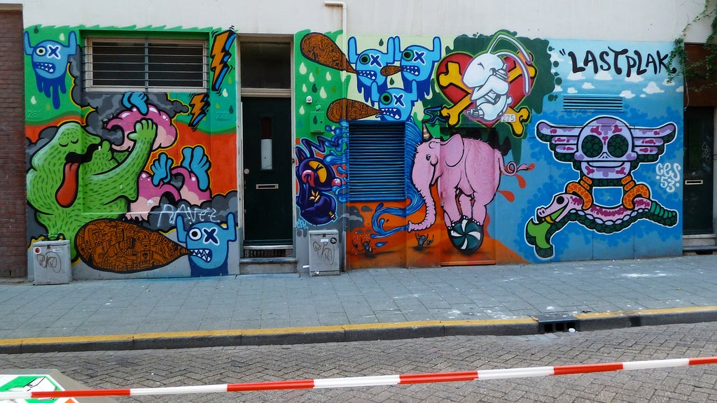 Street art Rotterdam eDreams