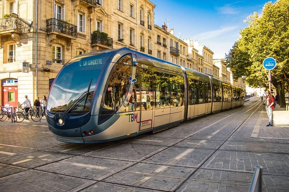 Bordeaux tram - blog eDreams