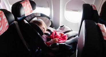 Prendre l'avion avec bébé : conseils et astuces !