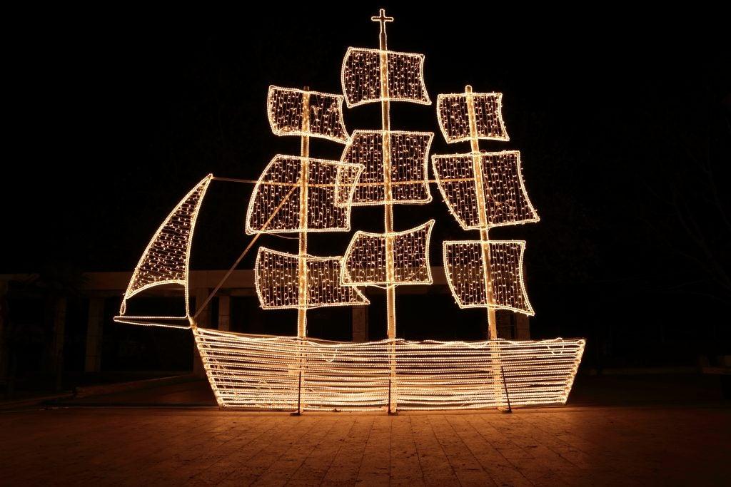 bateau de noel - grèce