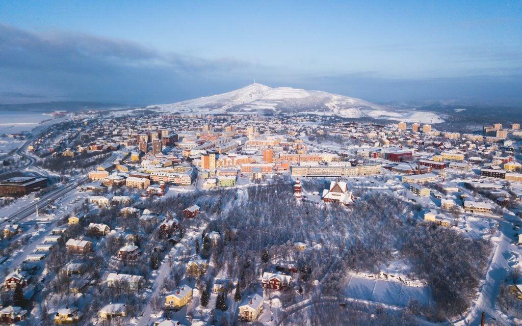 vue aérienne de Kiruna en hiver