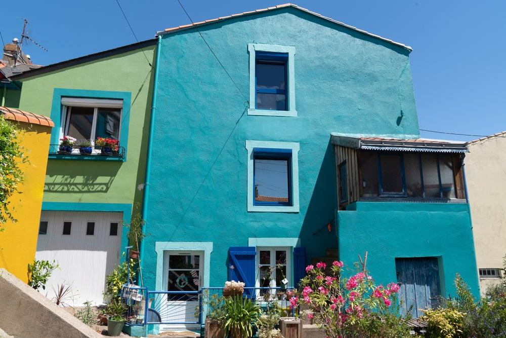 maison colorée dans le village de Trentemoult près de Nantes